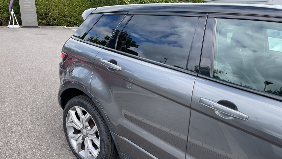 Land Rover Range Rover Evoque 2.2 SD4 Autobiography [9] Heated and cooled front seats with heated rear seats and Digital TV, image 23