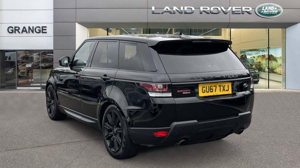 Land Rover Range Rover Sport 3.0 V6 S/C HSE Dynamic [7 seat]  Heated steering wheel and Meridian Sound System image 2