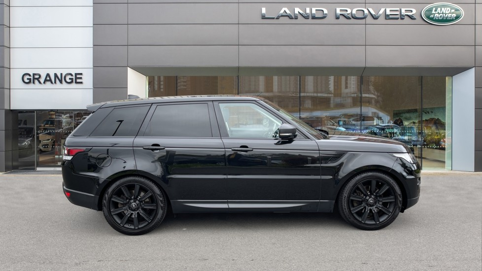 Land Rover Range Rover Sport 3.0 V6 S/C HSE Dynamic [7 seat]  Heated steering wheel and Meridian Sound System image 5