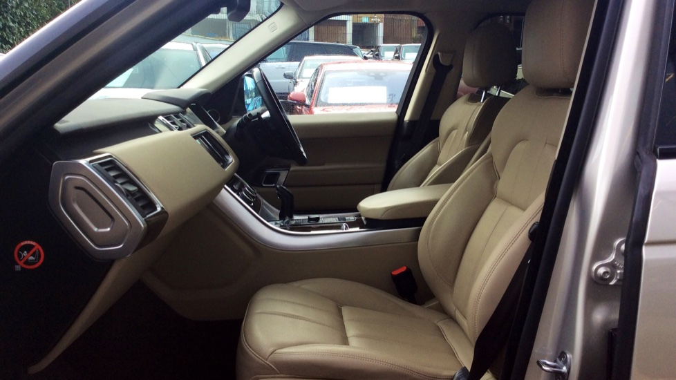 Land Rover Range Rover Sport 3.0 SDV6 [306] HSE Dynamic 5dr -  Privacy Glass - Metal Roof - image 3