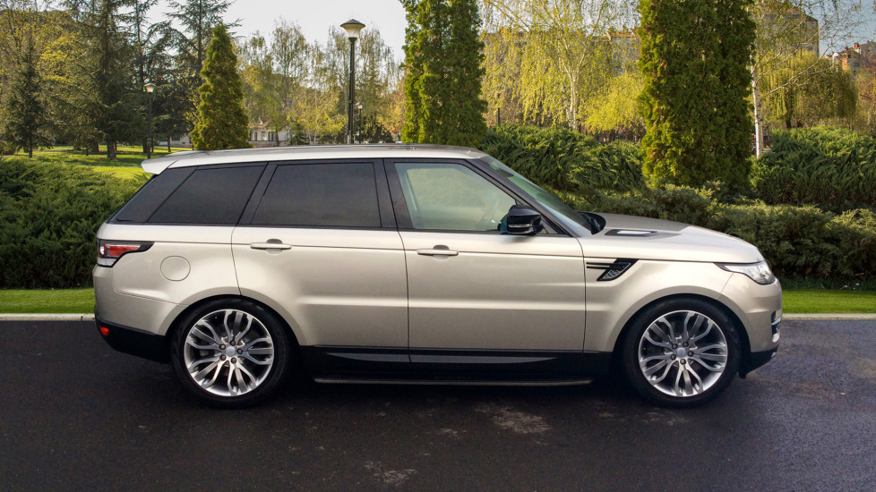 Land Rover Range Rover Sport 3.0 SDV6 [306] HSE Dynamic 5dr -  Privacy Glass - Metal Roof - image 5