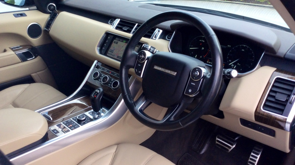 Land Rover Range Rover Sport 3.0 SDV6 [306] HSE Dynamic 5dr -  Privacy Glass - Metal Roof - image 18