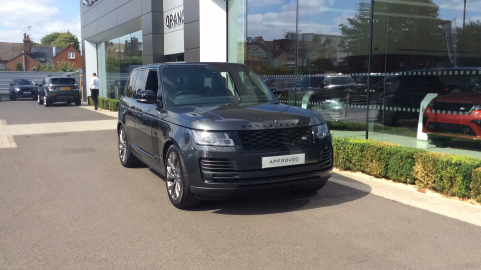 Land Rover Range Rover 2.0 P400e Vogue 4dr Petrol/Electric Automatic 5 door 4x4 (2019) image