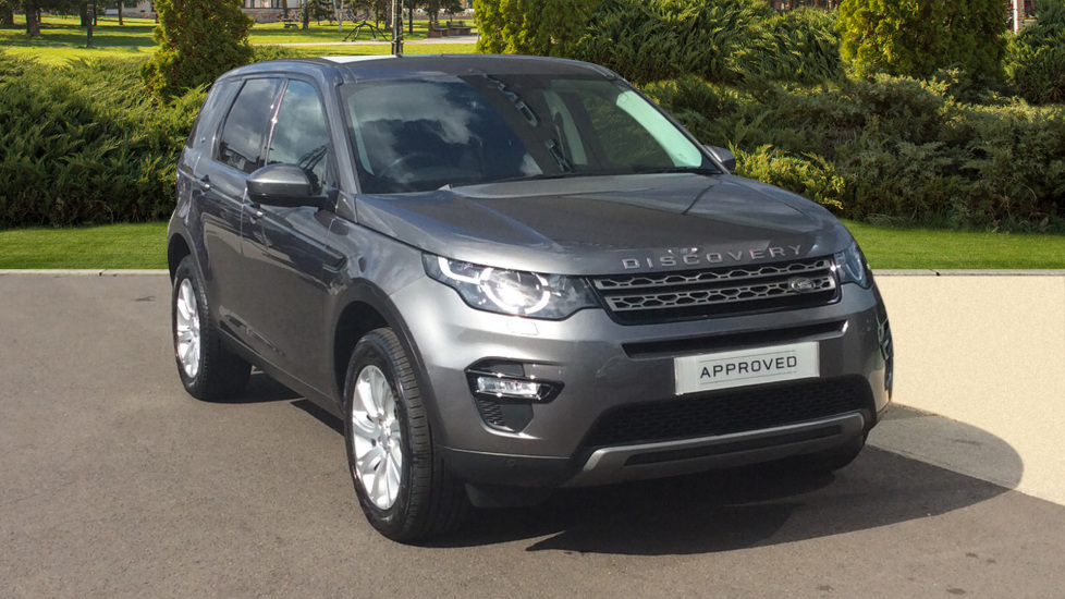Land Rover Discovery Sport 2.0 TD4 180 SE Tech 5dr - 7 Seater - Panoramic Roof -  Diesel Automatic 4x4 (2016) image
