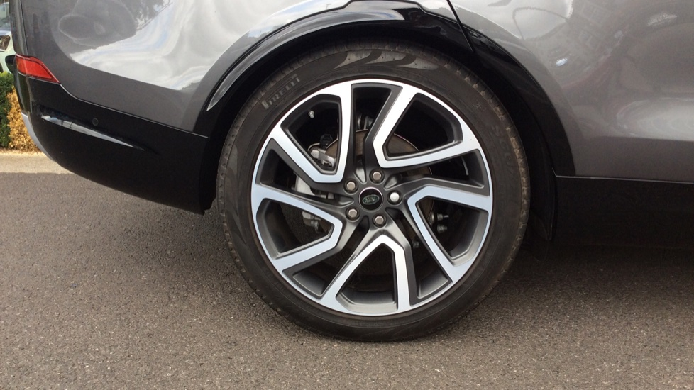 Land Rover Discovery 2.0 Si4 HSE 5dr - 22inch Alloys - Surround Camera - Sunroof - Privacy Glass -  image 8