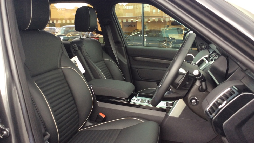 Land Rover Discovery 2.0 Si4 HSE 5dr - 22inch Alloys - Surround Camera - Sunroof - Privacy Glass -  image 21