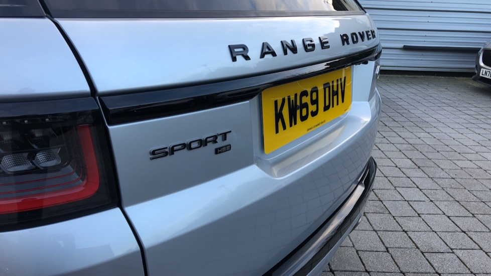 Land Rover Range Rover Sport 3.0 SDV6 HSE Dynamic 5dr image 18