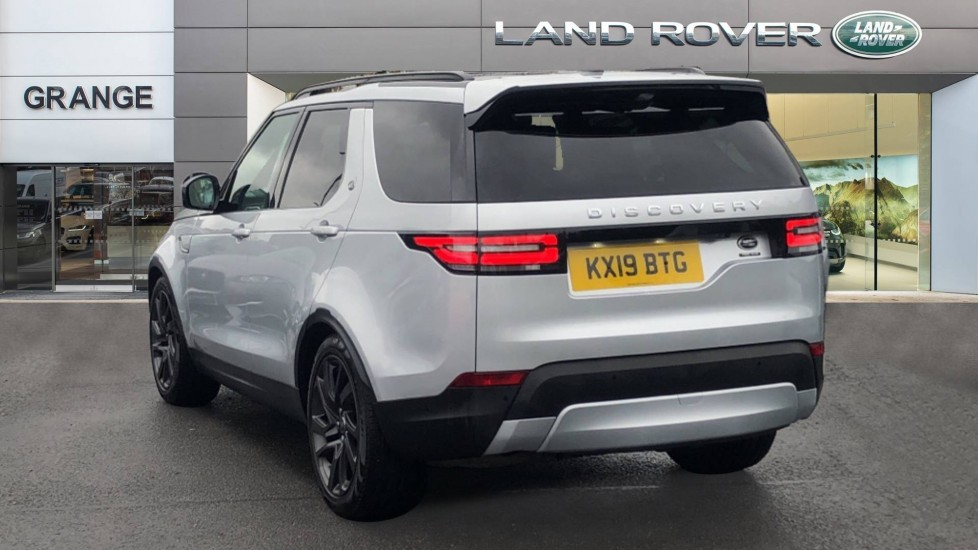Land Rover Discovery 3.0 SDV6 HSE Luxury 5dr image 2