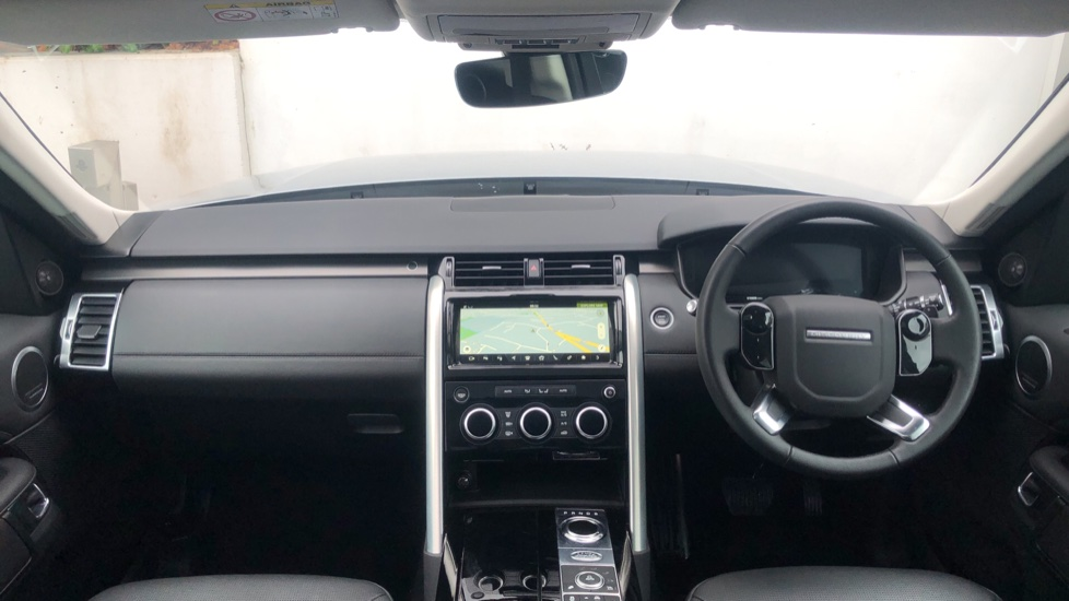Land Rover Discovery 3.0 SDV6 HSE Luxury 5dr image 9