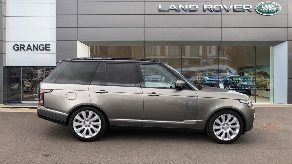 Land Rover Range Rover 3.0 TDV6 Vogue 4dr image 5