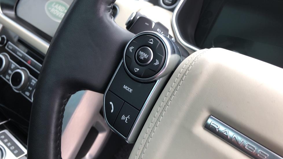 Land Rover Range Rover 3.0 TDV6 Vogue 4dr image 15