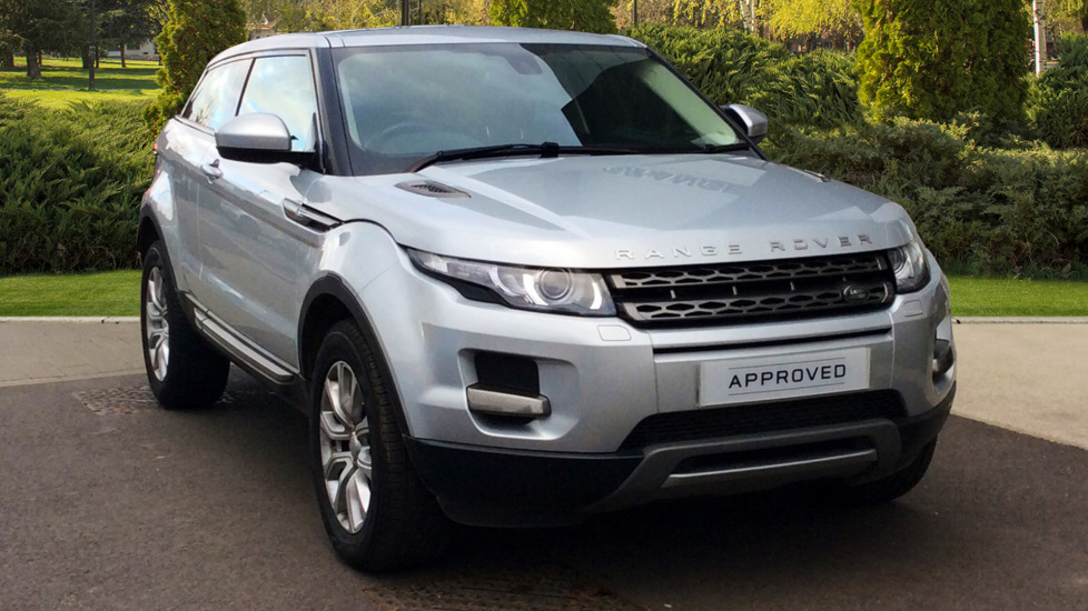 Land Rover Range Rover Evoque 2.2 SD4 Pure 3dr [Tech Pack] Diesel 2 door Coupe (2015) image