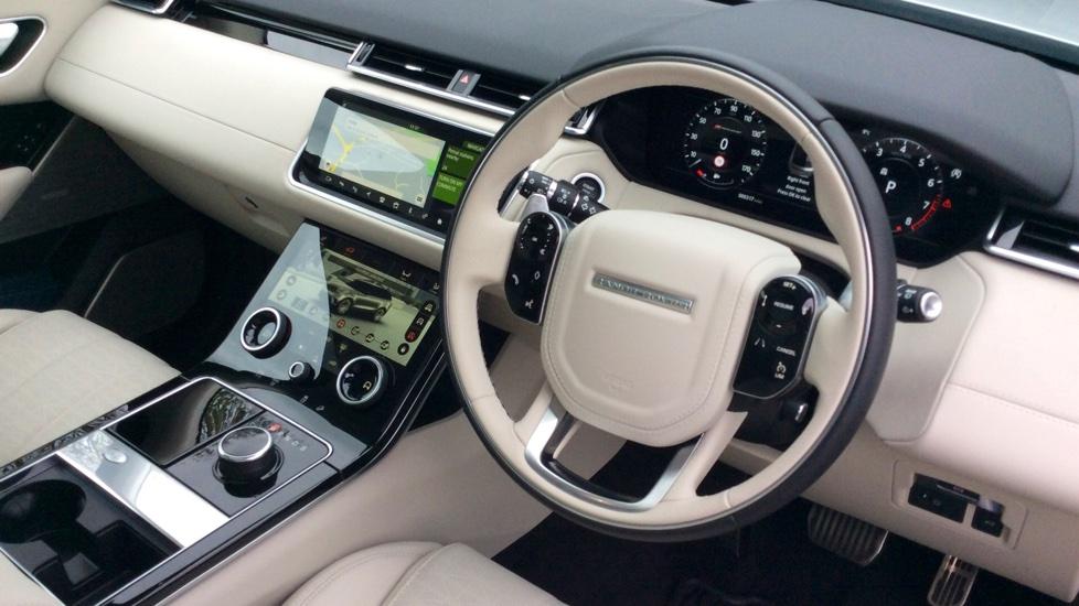 Land Rover Range Rover Velar 3.0 P380 R-Dynamic HSE 5dr image 23