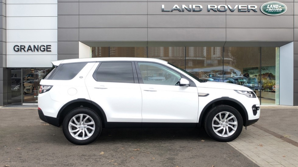 Land Rover Discovery Sport 2.0 TD4 180 SE Tech 5dr image 5