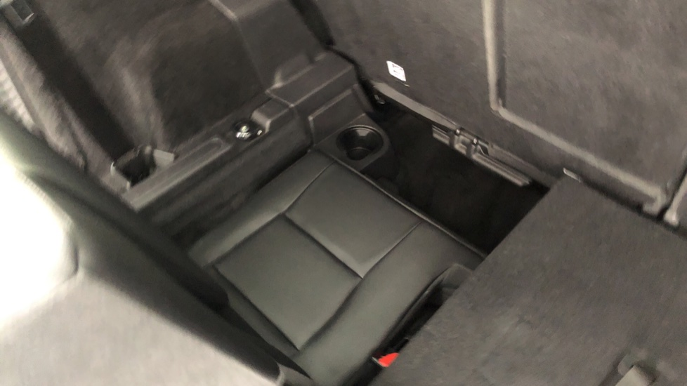 Land Rover Discovery Sport 2.0 TD4 180 SE Tech 5dr image 20