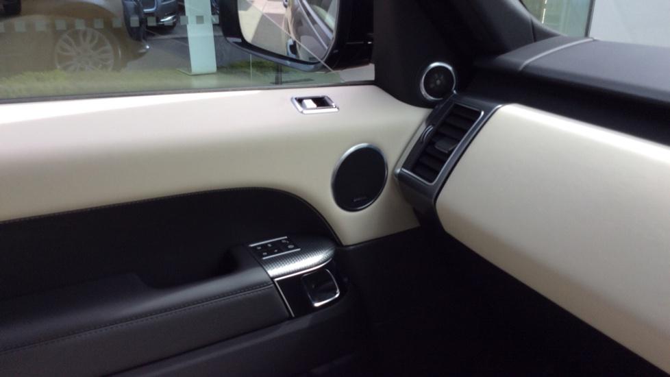 Land Rover Range Rover Sport 2.0 P400e HSE Dynamic 5dr image 18