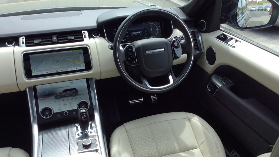 Land Rover Range Rover Sport 2.0 P400e HSE Dynamic 5dr image 32