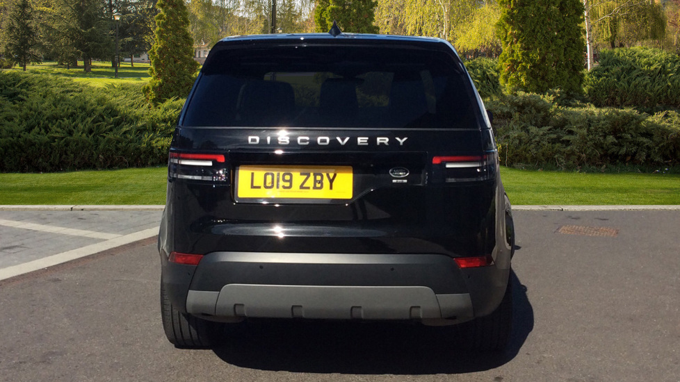 Land Rover Discovery 3.0 SDV6 Anniversary Edition 5dr - 7Seater - Sunroof - Privacy Glass - 22 Alloys -  image 6