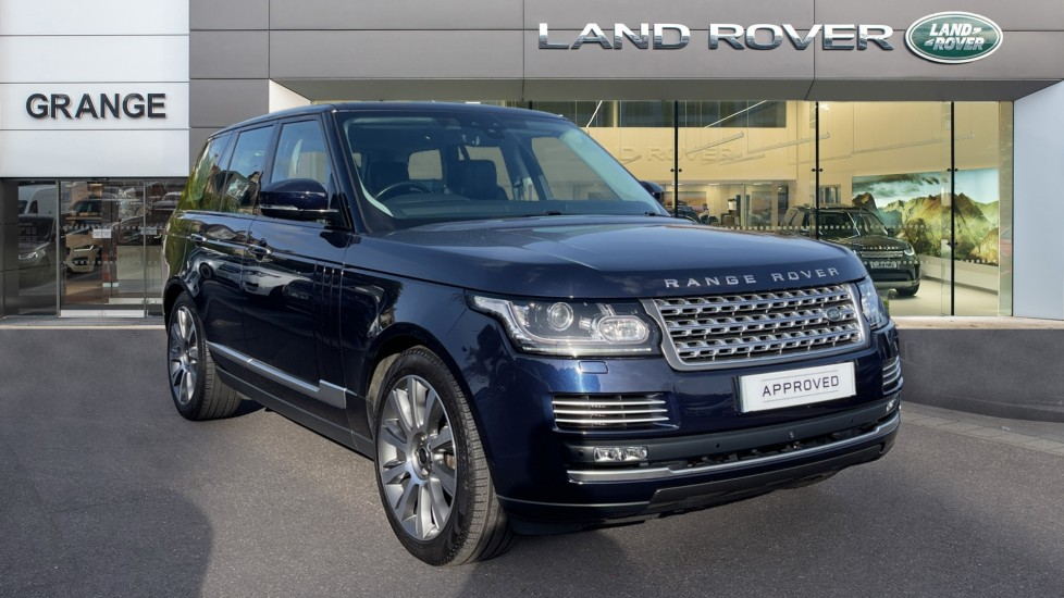 Land Rover Range Rover 4.4 SDV8 Autobiography 4dr Rear Seat Entertainment and Sliding Panoramic Roof Diesel Automatic 5 door 4x4 (2017) image