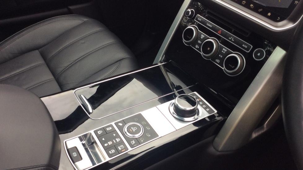 Land Rover Range Rover 3.0 TDV6 Vogue SE 4dr image 15