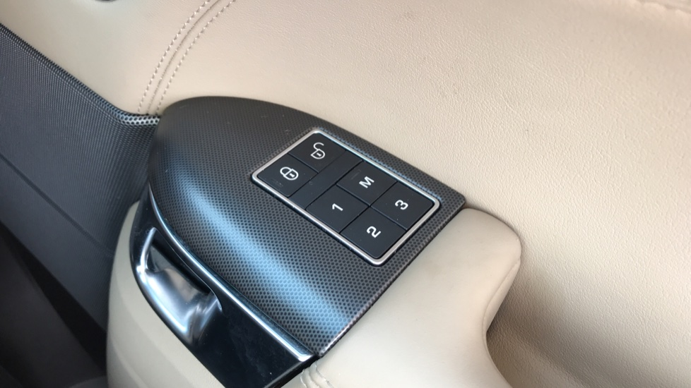 Land Rover Range Rover Sport 3.0 SDV6 [306] HSE Dynamic 5dr Auto image 21