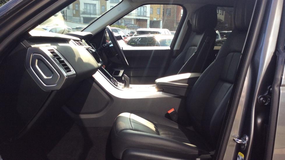 Land Rover Range Rover Sport 3.0 SDV6 HSE 5dr Auto - Privacy Glass - Rear Camera -  image 3