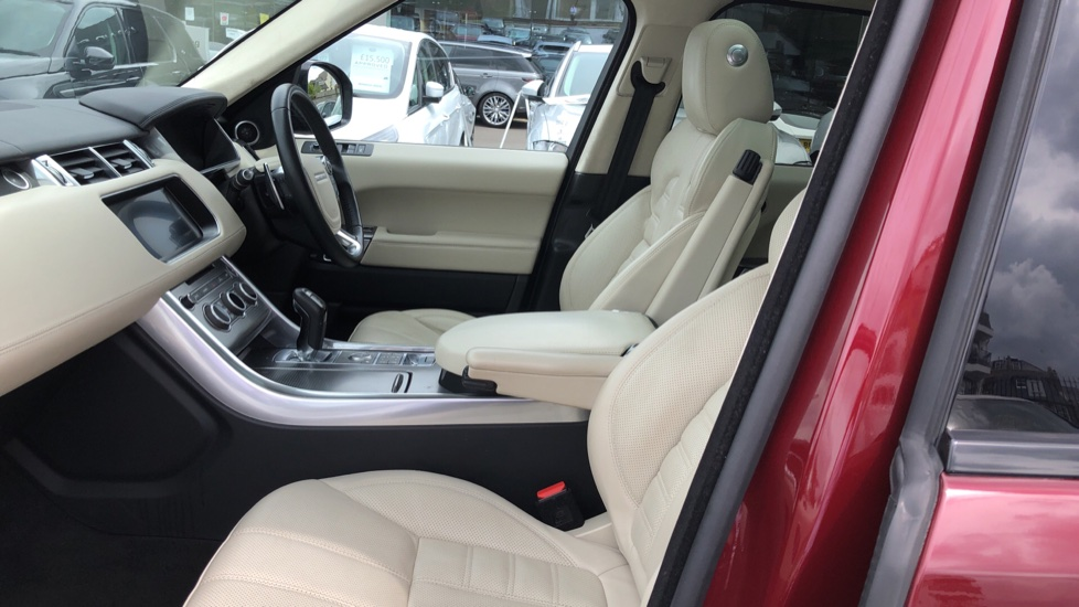 Land Rover Range Rover Sport 4.4 SDV8 Autobiography Dynamic 5dr [SS] image 3