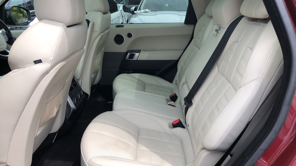 Land Rover Range Rover Sport 4.4 SDV8 Autobiography Dynamic 5dr [SS] image 4