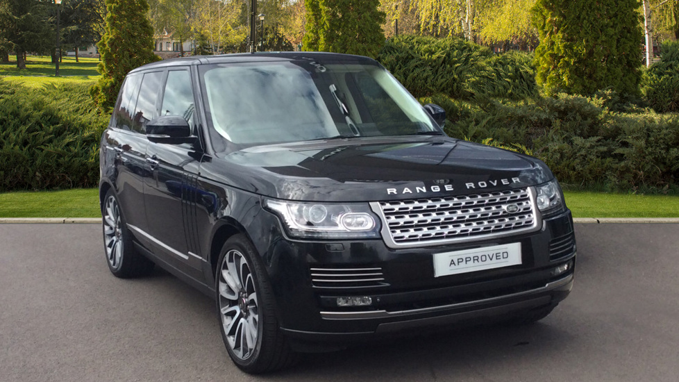 Land Rover Range Rover 3.0 TDV6 Autobiography + Sliding Panoramic Roof + Privacy Glass + Deployable Towbar Diesel Automatic 5 door 4x4 (2015) image