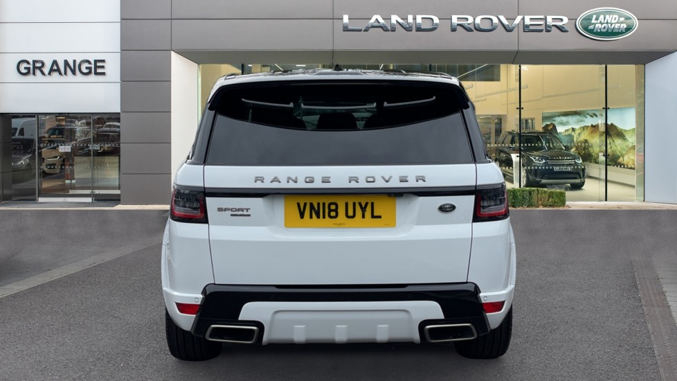 Land Rover Range Rover Sport 3.0 SDV6 HSE Dynamic Interactive Driver Display and Meridian Sound System image 6