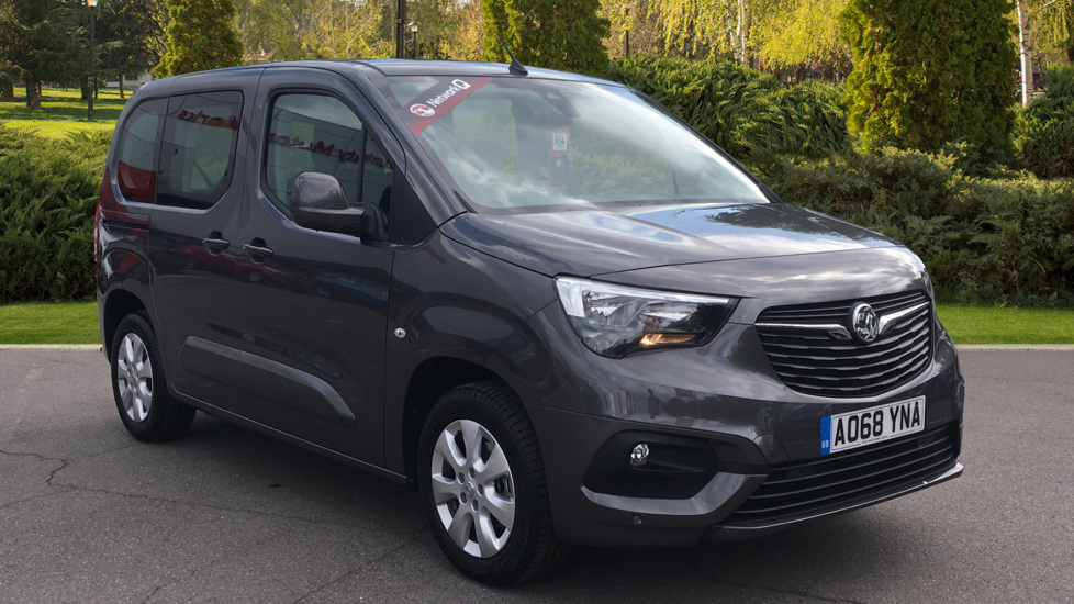 Vauxhall Combo Life 1.2 Turbo Energy 5dr Estate (2018) image