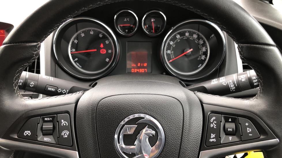 Vauxhall Astra 1.4i 16V Excite 5dr image 10