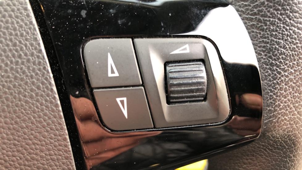 Vauxhall Corsa 1.4 SE image 13