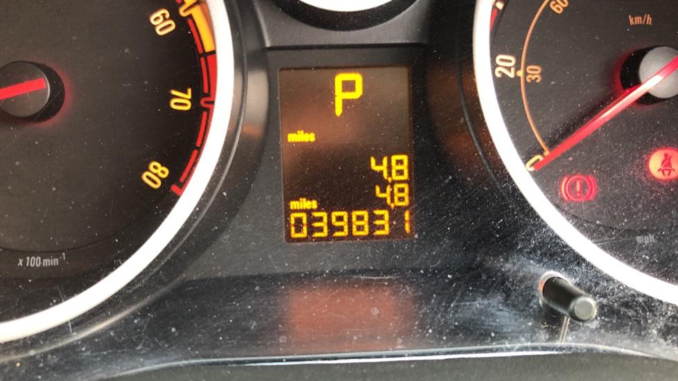 Vauxhall Corsa 1.4 SE image 14