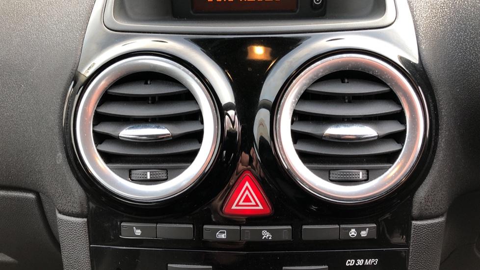Vauxhall Corsa 1.4 SE image 16