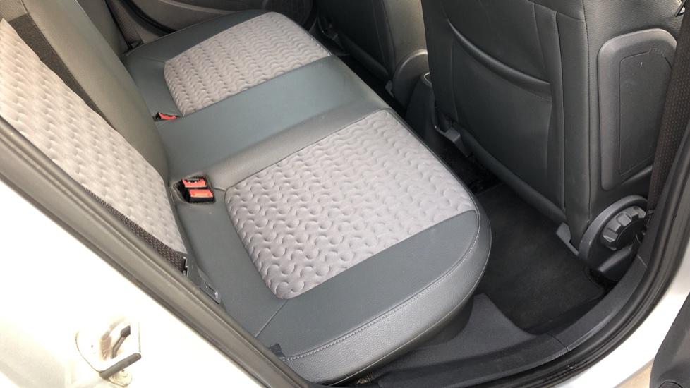 Vauxhall Corsa 1.4 SE image 23