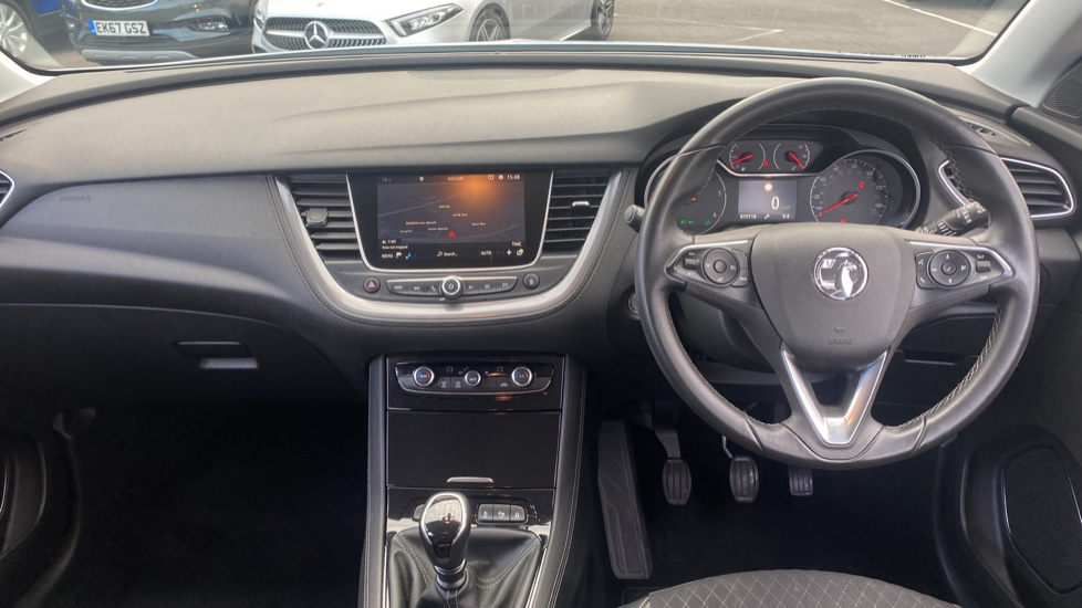 Vauxhall Grandland X 1.6 Turbo D Sport Nav 5dr image 9
