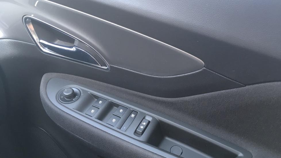 Vauxhall Mokka 1.4T Exclusiv 5dr image 24