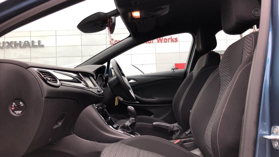 Vauxhall Astra 1.4T 16V 150 SRi 5dr image 3
