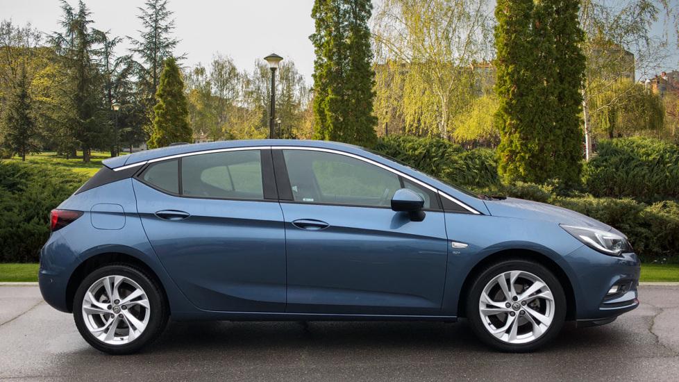 Vauxhall Astra 1.4T 16V 150 SRi 5dr image 5