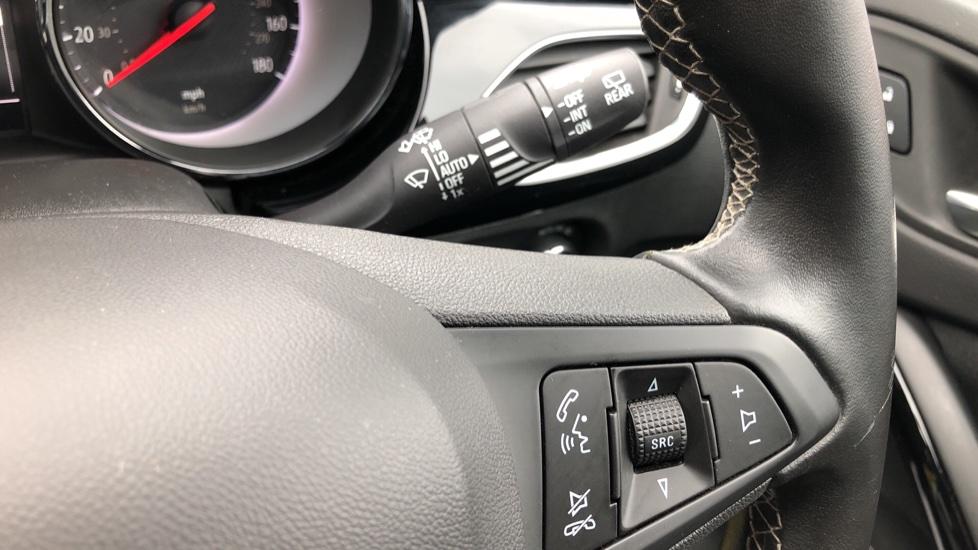 Vauxhall Astra 1.4T 16V 150 SRi 5dr image 12