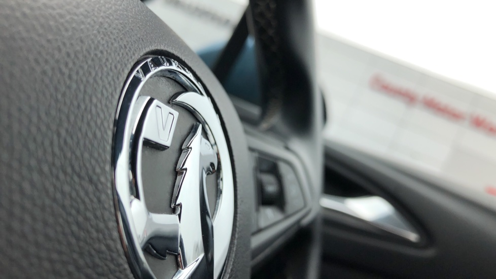 Vauxhall Astra 1.4T 16V 150 SRi 5dr image 25