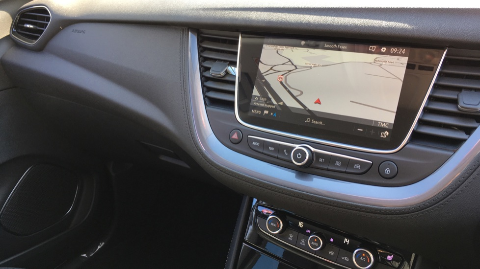 Vauxhall Grandland X 1.6 Turbo D Sport Nav 5dr image 15