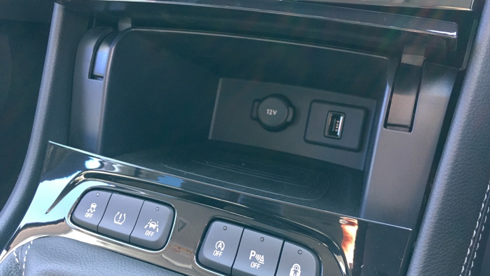 Vauxhall Grandland X 1.6 Turbo D Sport Nav 5dr image 20