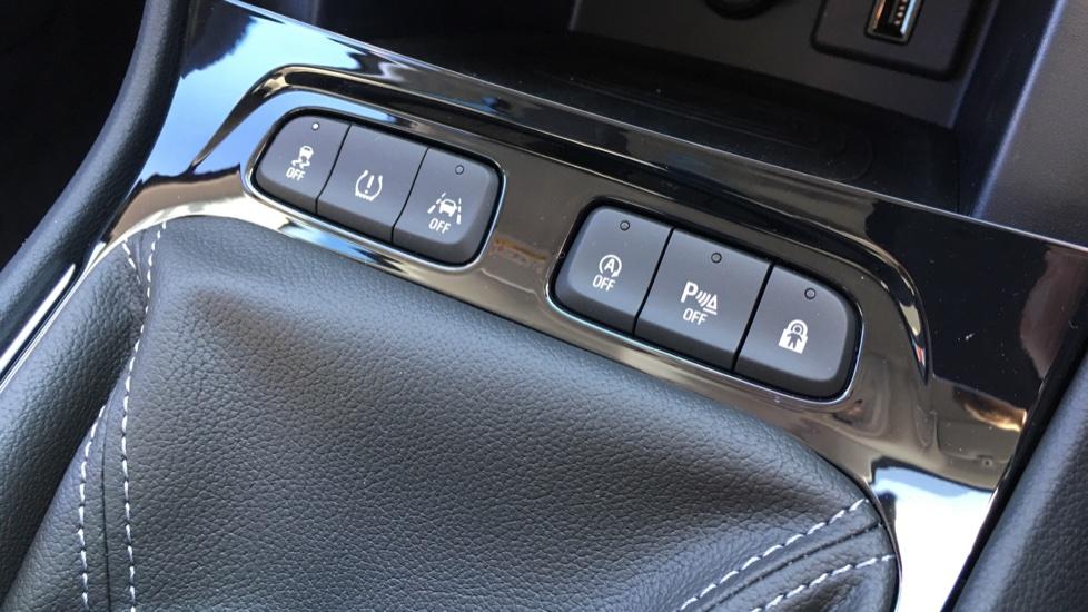 Vauxhall Grandland X 1.6 Turbo D Sport Nav 5dr image 21