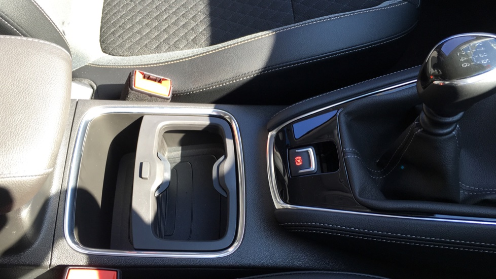 Vauxhall Grandland X 1.6 Turbo D Sport Nav 5dr image 23