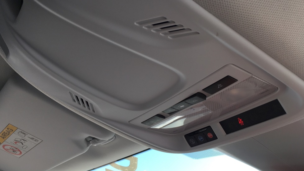 Vauxhall Grandland X 1.6 Turbo D Sport Nav 5dr image 25