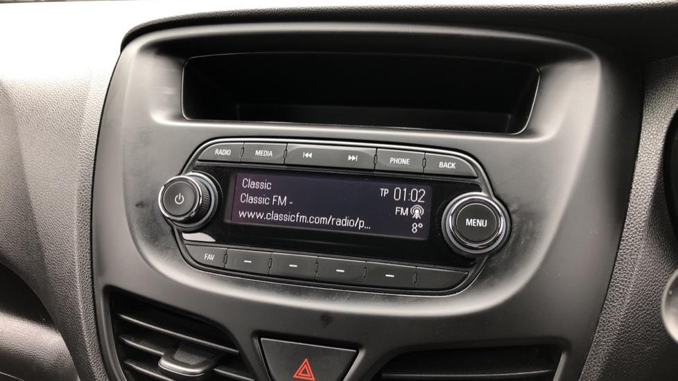 Vauxhall Viva 1.0 SE 5dr image 15