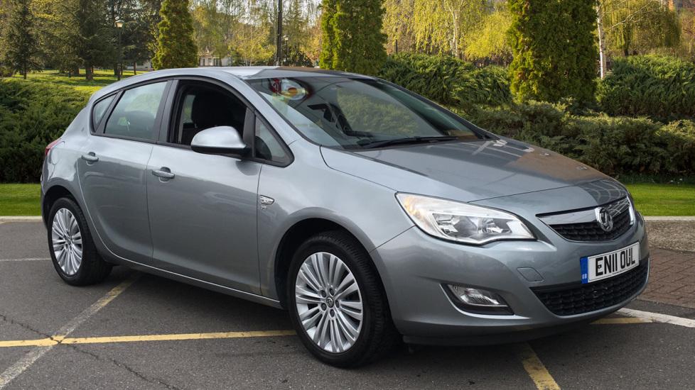 Vauxhall Astra 1.4i 16V Excite 5dr Hatchback (2011) image