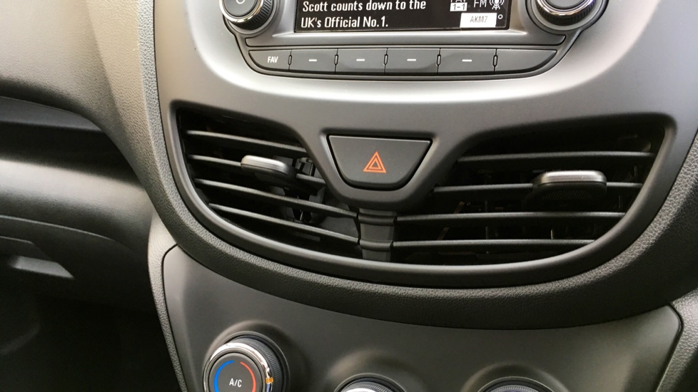 Vauxhall Viva 1.0 [73] SE 5dr [A/C] image 18